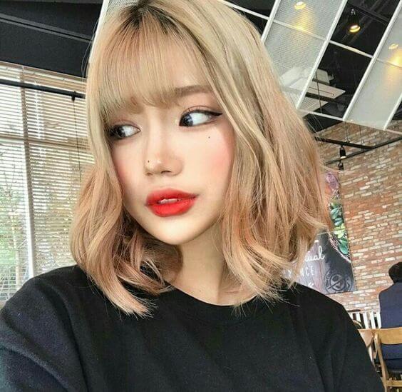 Những kiểu tóc uốn xoăn bồng bềnh đẹp nhất hè 2021 luôn mang đến vẻ đẹp dịu dàng