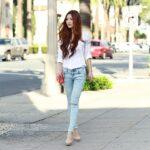 12 kiểu áo sơ mi nữ kết hợp quần jeans đẹp 2021 – 2022 cho người nấm lùn