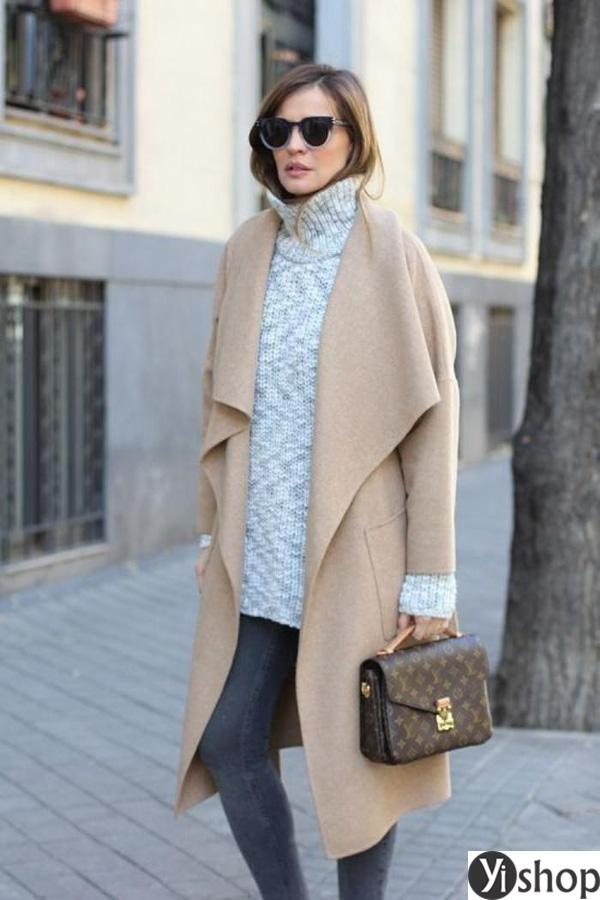 15 kiểu áo khoác nữ màu camel đẹp thu đông 2021 - 2022 cho nàng dạo phố phần 10