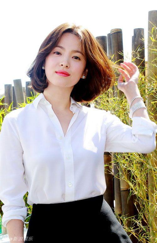 25 kiểu tóc ngắn ngang vai uốn cúp đuôi Hàn Quốc đẹp nhất 2021