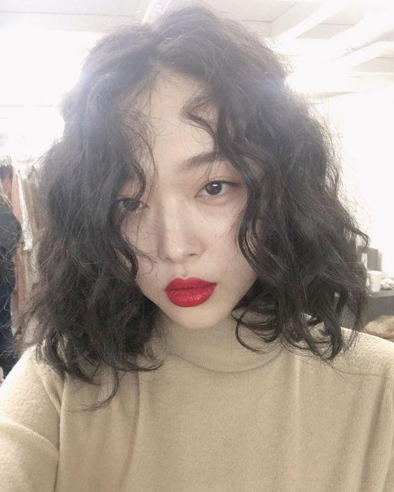 35 kiểu tóc đẹp nhất phù hợp cho khuôn mặt tròn to bạn nên biết