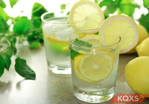 5 loại đồ uống tốt cho bà bầu trong mùa hè giúp bổ sung năng lượng