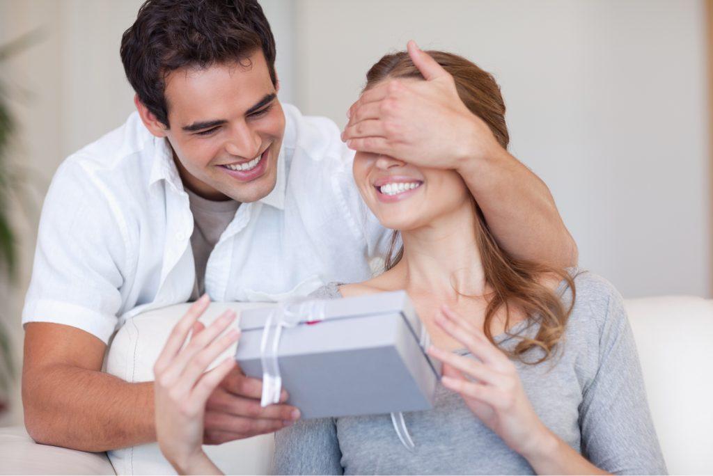7 Cách giúp các ông chồng chăm sóc vợ khi mang thai lần đầu