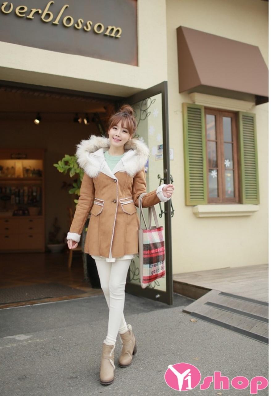 Áo khoác da lộn nữ dáng xòe đẹp ấm áp tới công sở thu đông 2019
