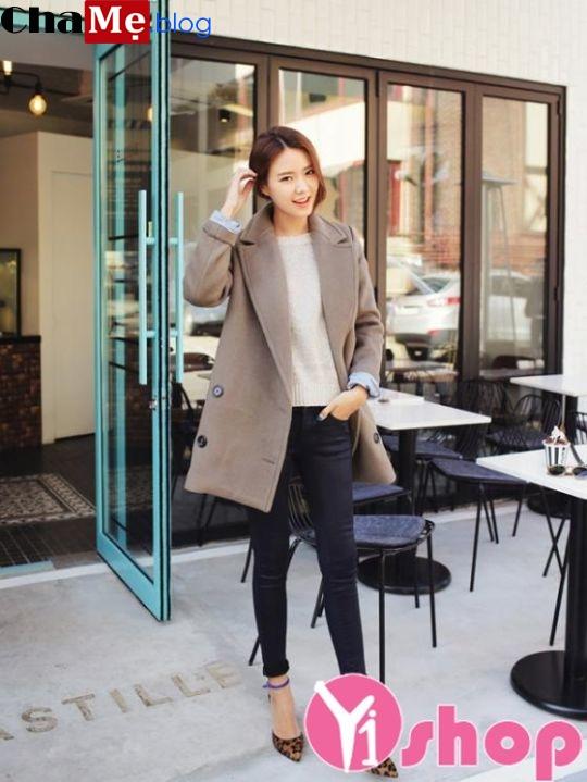 Áo khoác dạ nữ đẹp đông 2021 - 2022 sành điệu cuốn hút dạo phố