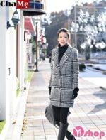 Áo khoác dạ nữ kẻ caro Hàn Quốc thịnh hành nhất mùa đông 2021 – 2022
