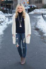 Áo khoác len nữ dáng dài đẹp cho nàng mũm mĩm xuống phố thu đông 2021 – 2022