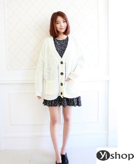 Áo khoác len nữ đẹp - trang phục đặc trưng không thể thiếu ngày đông 2021 - 2022 phần 7