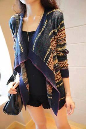 Áo khoác len nữ họa tiết thổ cẩm đẹp mới lạ ấn tượng nhất thu đông 2019