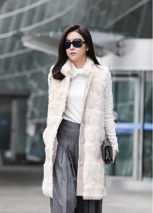 Áo khoác lông nữ hàn quốc đẹp sang chảnh dự tiệc thu đông 2021 - 2022 phần 2