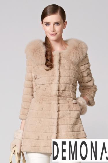 Áo khoác lông nữ kẻ sọc đẹp thu đông 2021– 2021 ấm áp dạo phố phần 3