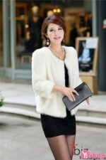 Áo khoác lông nữ màu trắng đẹp quý phái sang trọng đi dự tiệc thu đông 2021 – 2022