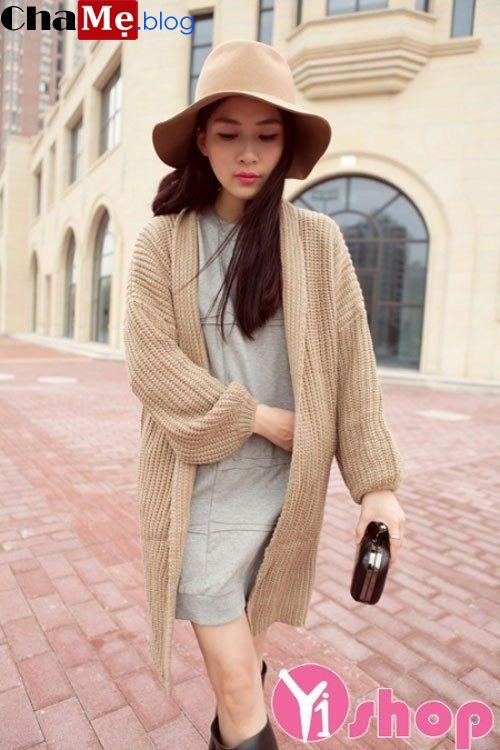 Áo khoác len nữ dáng dài đẹp mùa dạo phố đông 2021 - 2022