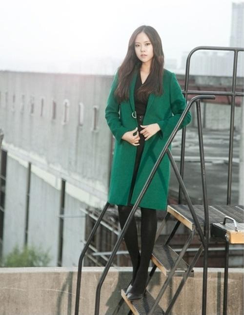Áo khoác nữ dáng dài đẹp cho nàng công sở ấm áp ngày lạnh phần 8