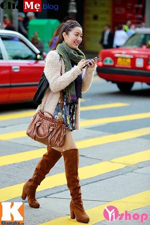 Áo khoác nữ dáng dài đẹp phong cách street style đông 2021 - 2022