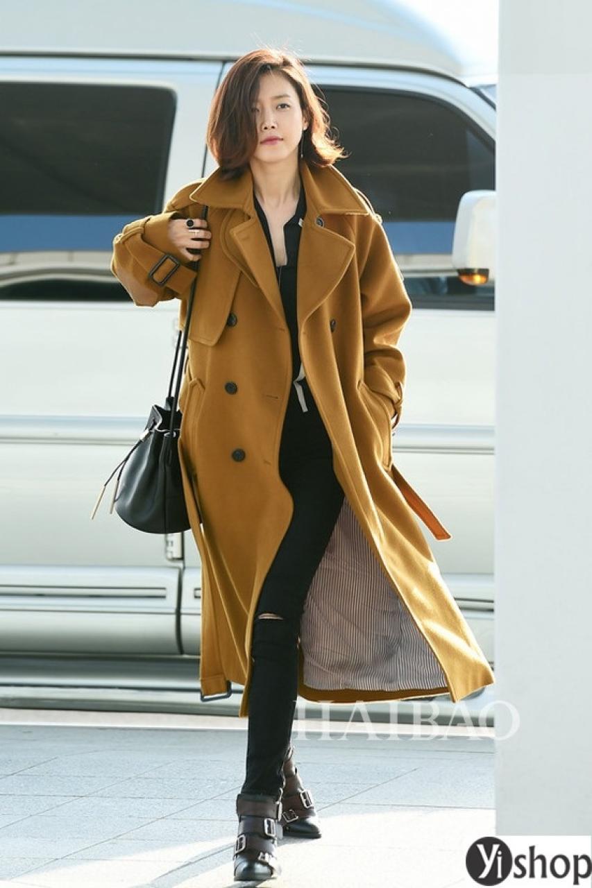 Áo khoác nữ dáng dài đẹp xu hướng thời trang của sao Hàn thu đông 2021 - 2022