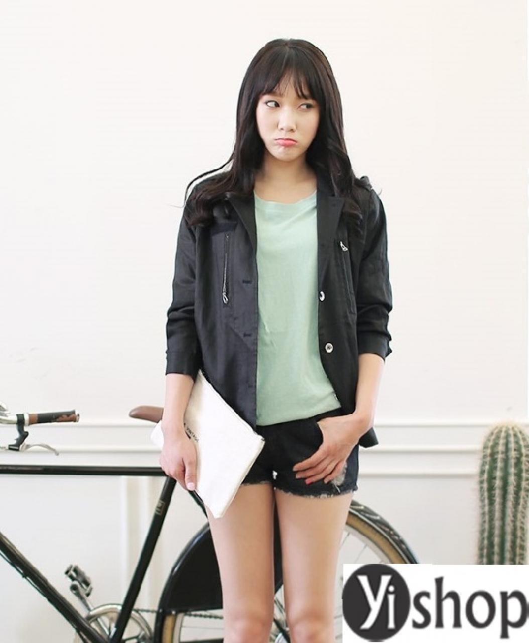 Áo khoác nữ dáng ngắn đẹp mặc ấm như siêu sao Hàn Quốc thu đông 2021 - 2022