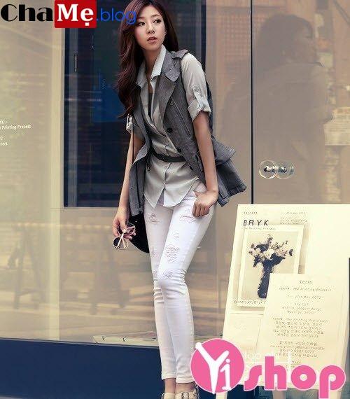 Áo khoác nữ Hàn Quốc đẹp cho nàng nấm lùn thu đông 2021 - 2022