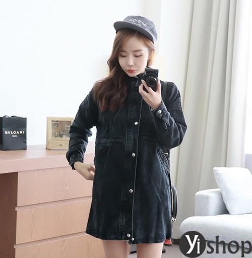 Áo khoác nữ màu đen đẹp nên có trong tủ đồ mùa đông 2021 - 2022 phần 11