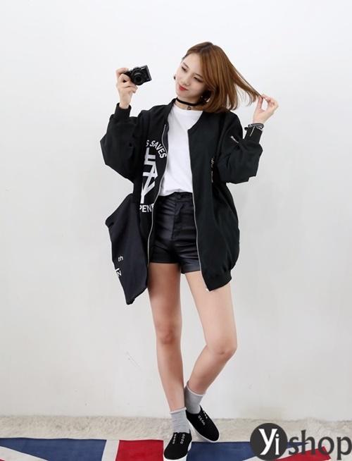 Áo khoác nữ màu đen đẹp nên có trong tủ đồ mùa đông 2021 - 2022 phần 13
