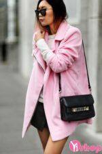 Áo khoác nữ màu hồng đẹp Hàn Quốc cho nàng dễ thương nhất thu đông 2021 – 2022