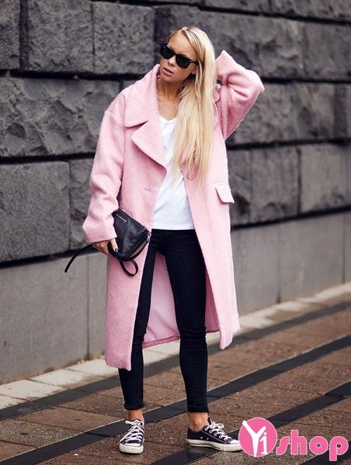 Áo khoác nữ màu hồng đẹp Hàn Quốc cho nàng dễ thương nhất thu đông 2021 - 2022