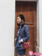 Áo khoác nữ màu xám đẹp cho mùa thu đông 2021 – 2022 xì tin xuống phố