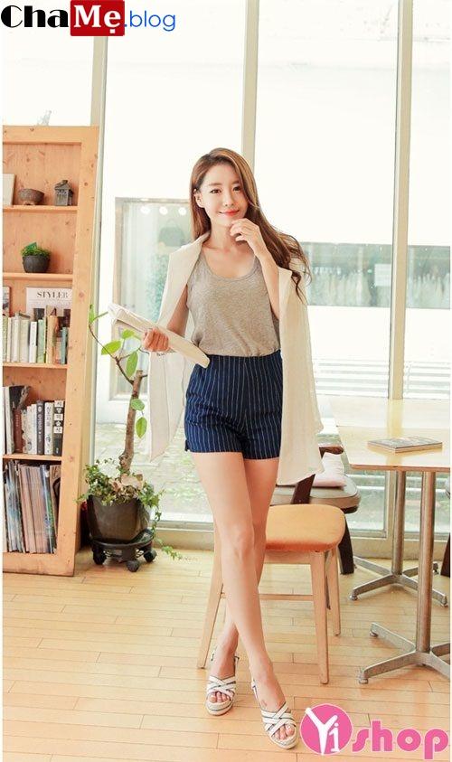 Áo khoác nữ mỏng đẹp kiểu Hàn Quốc sành điệu thu đông 2021 - 2022