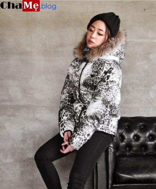 Áo khoác phao dáng ngắn nữ kiểu Hàn Quốc đẹp nhất mùa đông 2021 - 2022