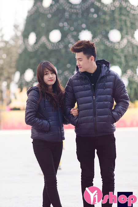 Áo khoác phao đôi đẹp ấm áp gắn kết yêu thương trong mùa thu đông 2021 - 2022