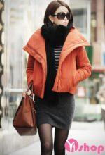 Áo khoác phao nữ có cổ đẹp thu đông 2021 – 2022 duyên dáng phong cách