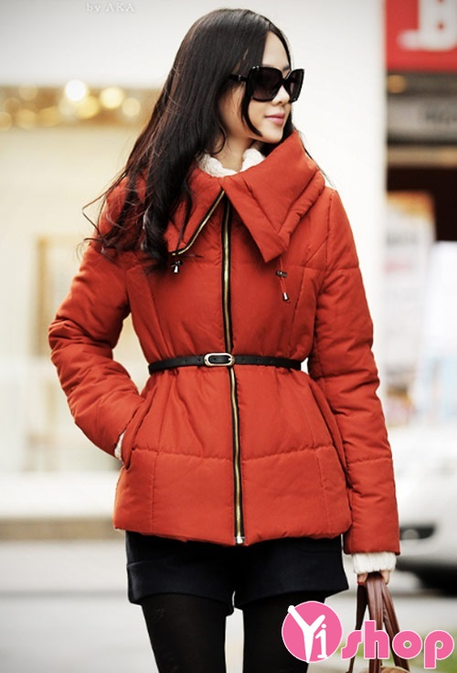 Áo khoác phao nữ có cổ đẹp thu đông 2021 - 2022 duyên dáng phong cách
