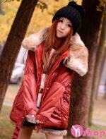 Áo khoác phao nữ dáng ngắn cổ lông thú đẹp sang trọng nhất thu đông 2021 – 2022
