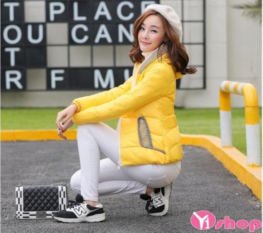 Áo khoác phao nữ màu vàng đẹp thu đông 2021 - 2022 cho nàng nổi bật