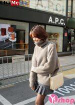 Áo len nữ cổ lọ đẹp được ưa chuộng nhiều nhất trong thu đông 2021 – 2022
