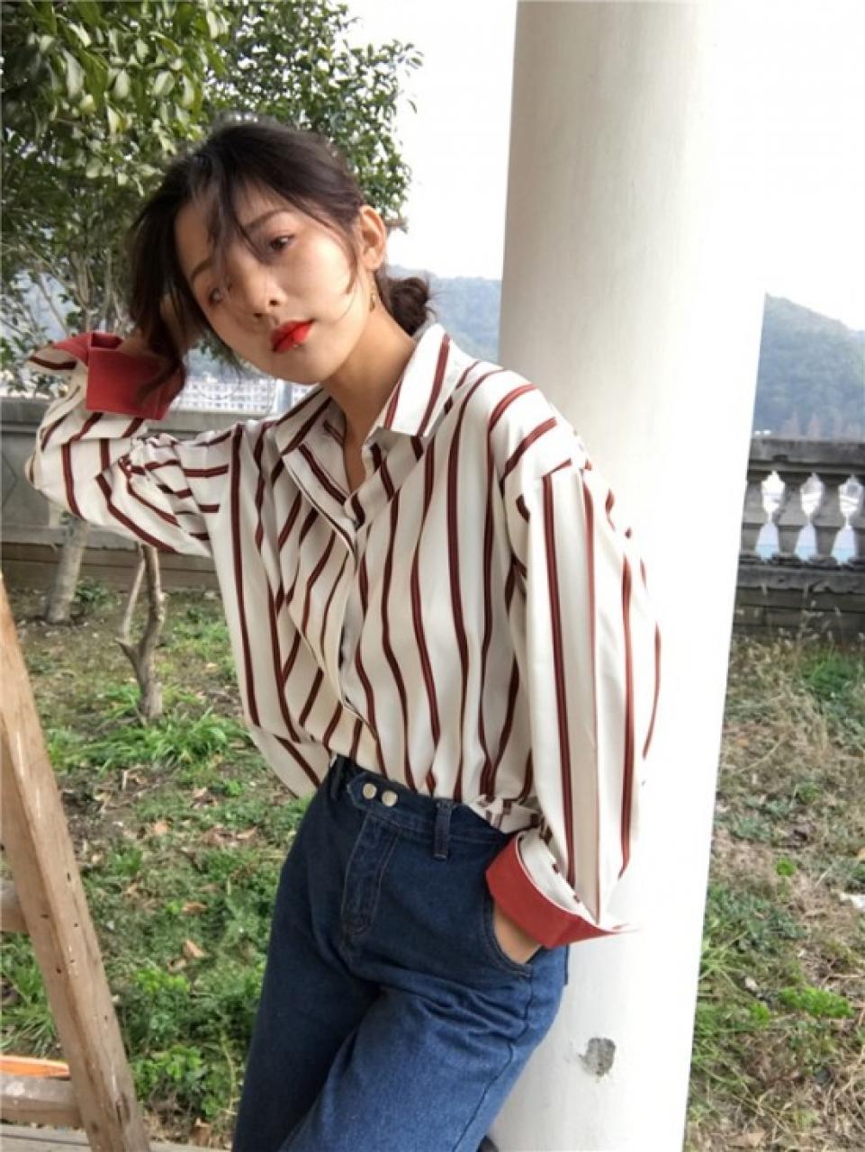 Áo sơ mi công sở nữ - Cách phối áo sơ mi công sở nữ đẹp cho ngày thu nắng vàng