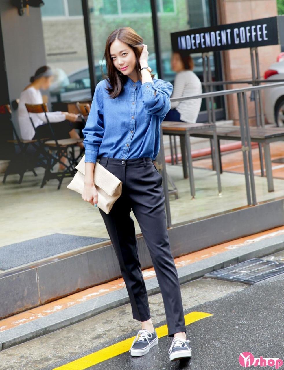 Áo sơ mi jean tay dài nữ đẹp phong cách Hàn Quốc năng động hè 2021 - 2022