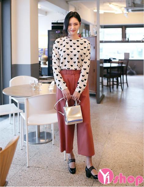 Áo sơ mi nữ họa tiết đẹp xu hướng thời trang Hàn Quốc hè 2021 - 2022