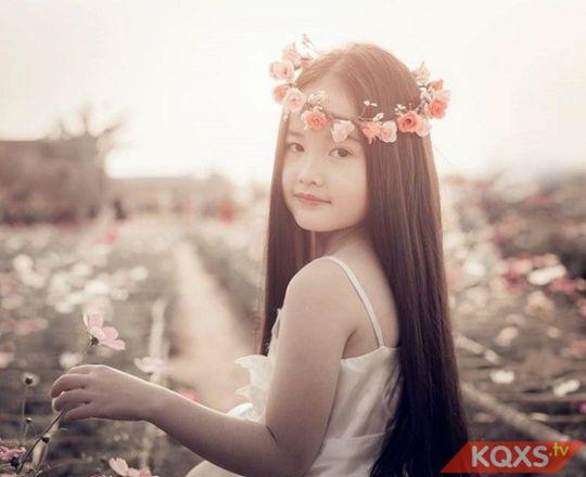 Bà bầu ăn gì để con thông minh xinh đẹp như thiên thần từ trong bụng mẹ?