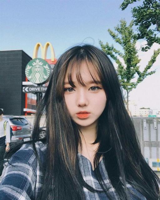 BST 11 kiểu tóc nữ dài Hàn Quốc Đẹp