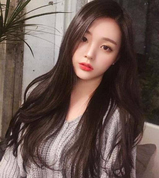 BST 11 kiểu tóc dài Hàn Quốc cho học sinh nữ cấp 2 - 3 đẹp nhất hè 2012