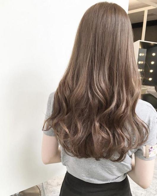 BST 14 kiểu tóc dài đẹp cho nữ mặt tròn - dài đẹp nhất hè 2021