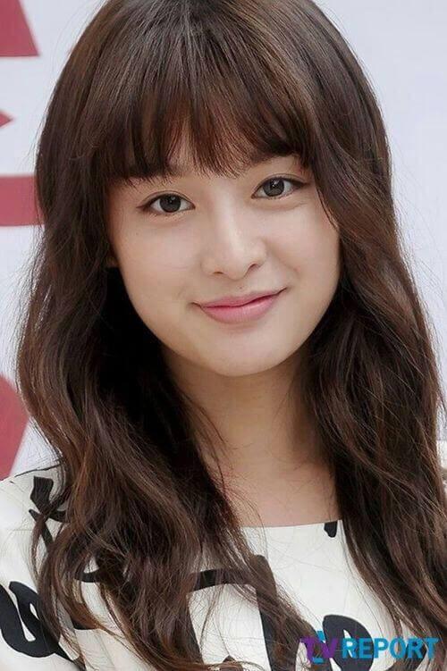 BST 15 kiểu tóc nữ cho bạn gái khuôn mặt tròn đẹp yêu thích nhất 2021
