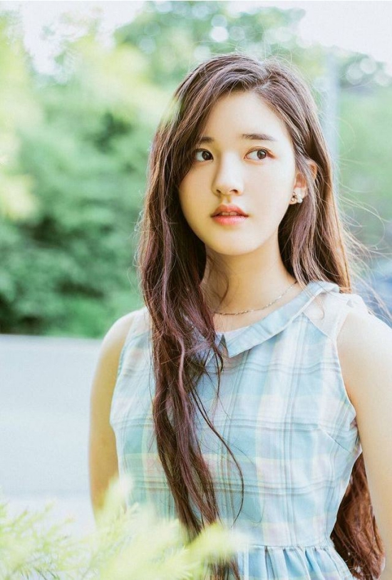 BST 17 kiểu tóc nữ dài Hàn Quốc đẹp cho học sinh - sinh viên yêu thích 2021