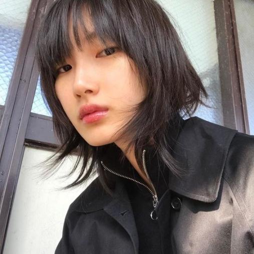 BST 49 kiểu tóc ngắn layer cho nữ trán cao đẹp nhất 2021 hiện nay