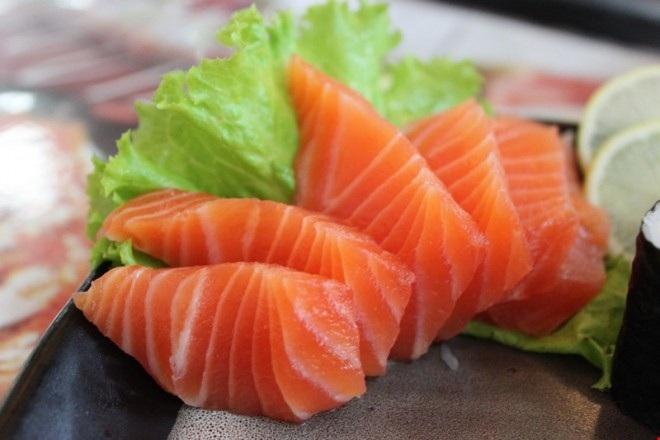 Cá hồi rất có lợi cho việc cải thiện tình trạng thiếu máu