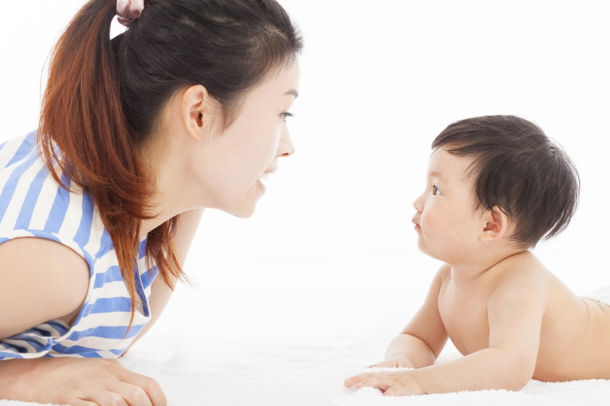 Những dấu hiệu nhận biết trẻ sơ sinh khỏe mạnh 100% cần biết