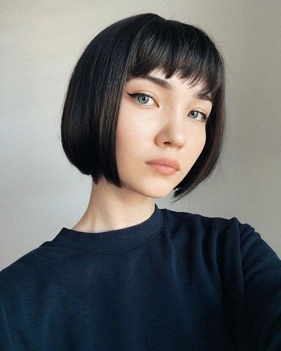 Cách lựa chọn kiểu tóc đẹp phù hợp với từng khuôn mặt bạn gái nên biết