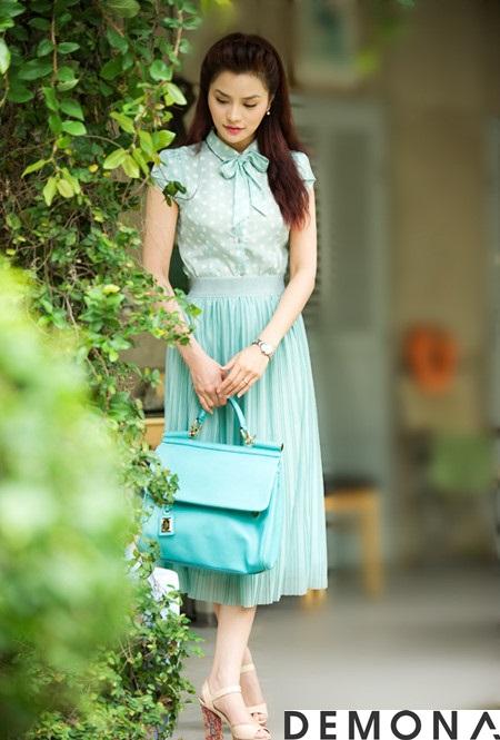 Chân váy đẹp màu pastel cho nàng công sở dịu mát hè 2021 - 2022 phần 4
