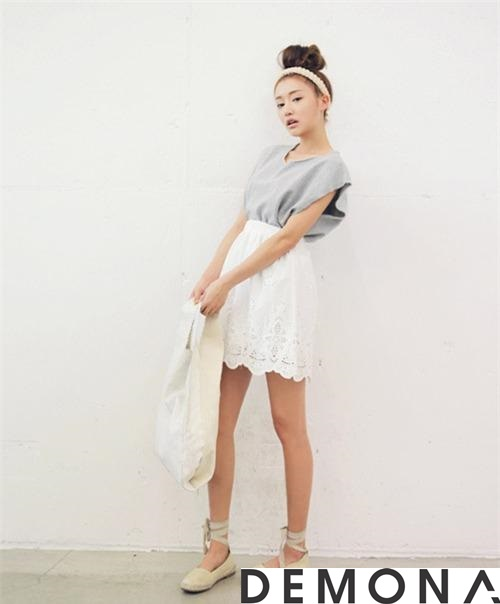 Chân váy đẹp ren đục lỗ hè 2021 - 2022 phong cách Hàn Quốc trẻ trung phần 1